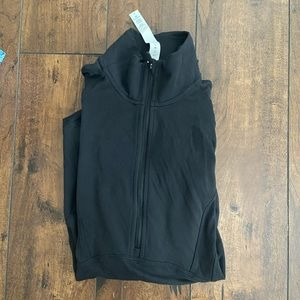 Lululemon pull over!!